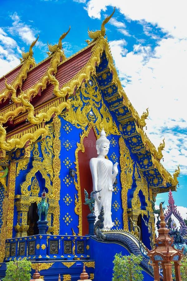 Guan Im de madeira buddha no templo de Wat Huay Pla Kang foto de stock royalty free
