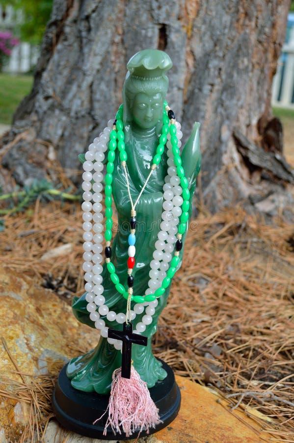 Download Guan Shi Yin Kuan Yin Chenrezig Stock Photo - Image of kwun, beads: 104623296