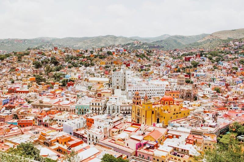 Guanajuato México, vista de uma cidade mexicana colorida fotos de stock royalty free