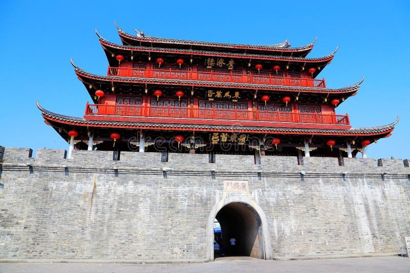 Guangji-Tor, Erbgebäude mit traditioneller chinesischer Art und lokale Eigenschaften stockbilder