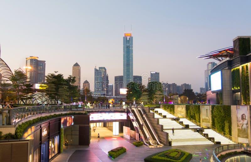 GUANGZHOU, CHINE - 13 SEPTEMBRE 2016 : Paysage urbain moderne de ville de Guangzhou photographie stock libre de droits