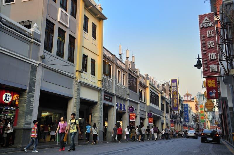 guangzhou porcelanowa handlowa ulica obrazy stock