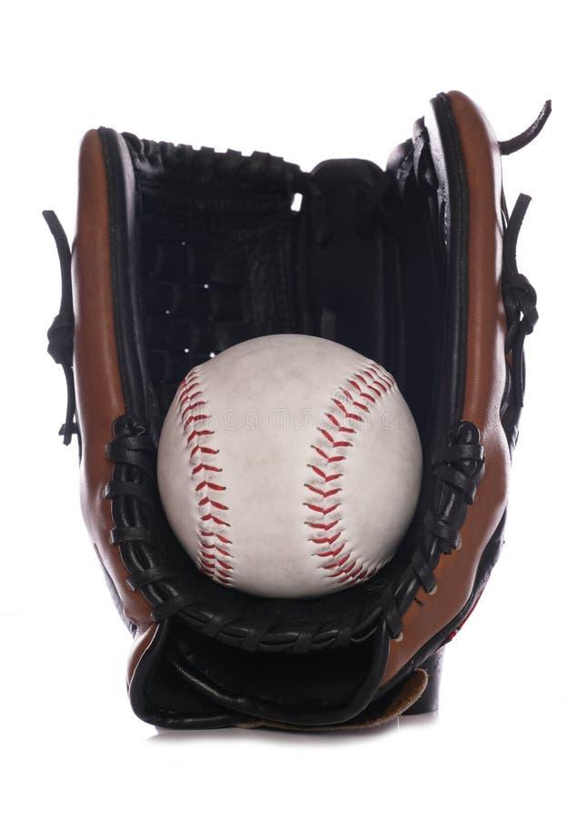 Guante y bola del beísbol con pelota blanda foto de archivo libre de regalías
