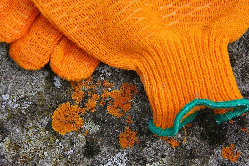 Guantes anaranjados fotos de archivo