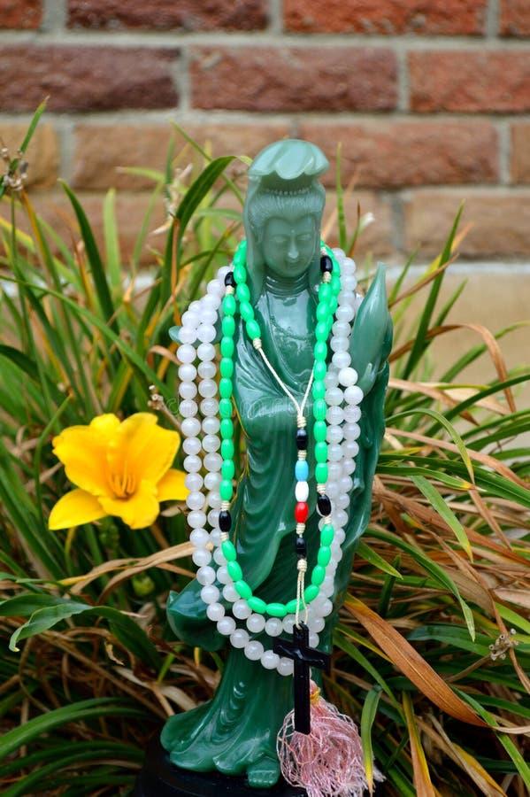 Download Guan Shi Yin Kuan Yin Chenrezig Stock Image - Image of guan, crucifix: 104623435