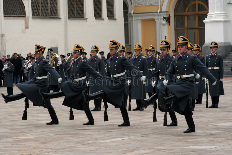 Download Guard Of The Moscow Kremlin-8 Editorial Image - Image: 4962550