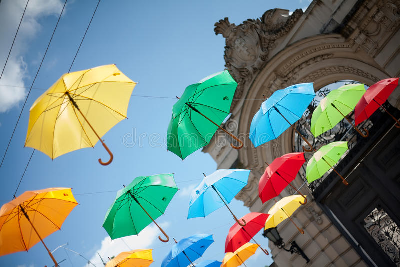 Guarda-chuvas em Lviv fotografia de stock royalty free