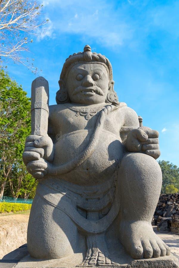 Guarda del complejo budista de Candi Sewu en Java, Indonesia fotografía de archivo libre de regalías