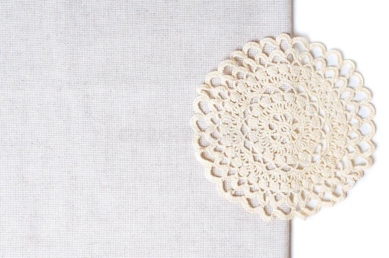 Guardanapo Na Borda De Um Tablecloth Fotografia de Stock Royalty Free
