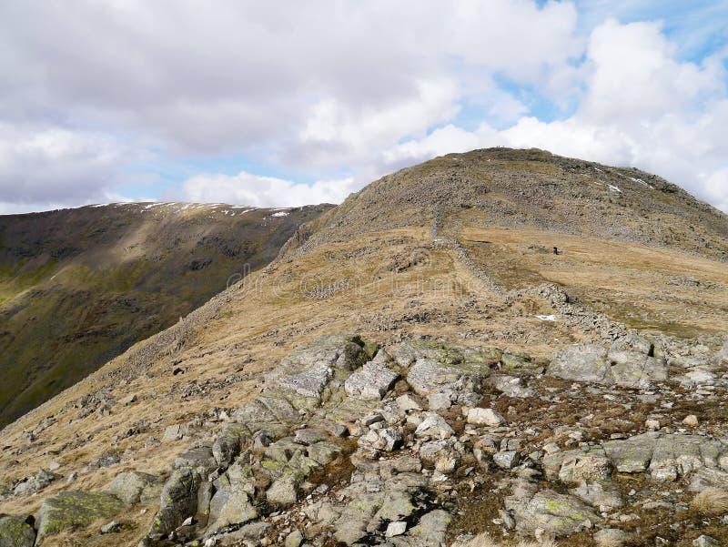 Guardando a Hart Crag, distretto del lago immagini stock libere da diritti