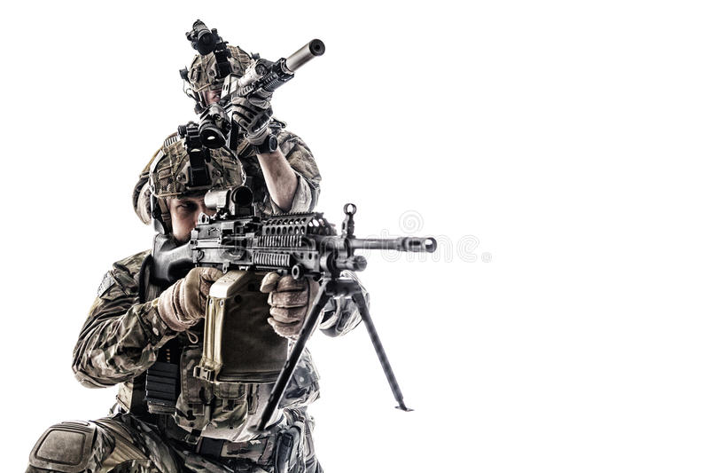 Guardas florestais do exército em uniformes do campo foto de stock