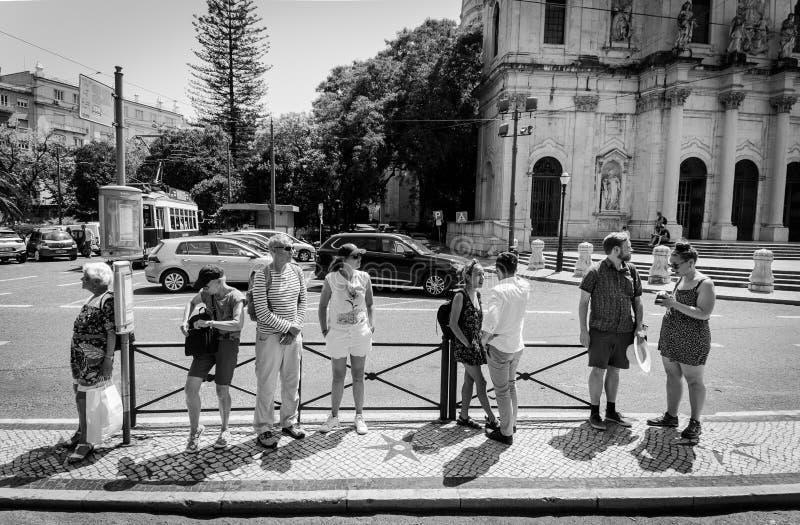 Guarde la calma y la espera, Lisboa fotos de archivo