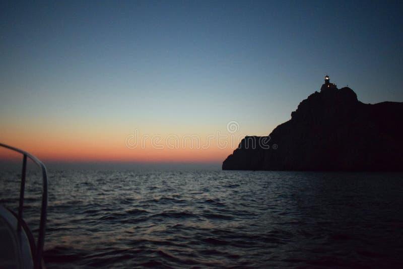 Guardia di Palagruza del faro sul mare fotografia stock