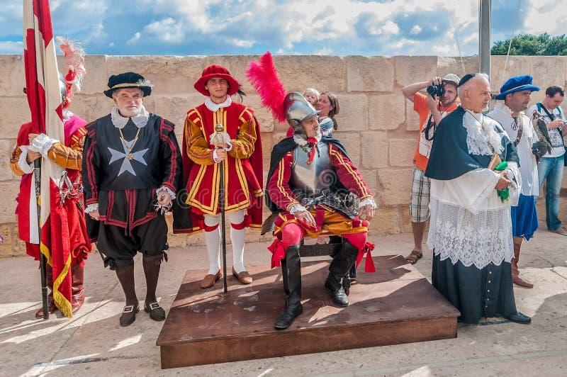 In Guardia-Parade an Kavalier St. Jonhs in Birgu, Malta stockfotos
