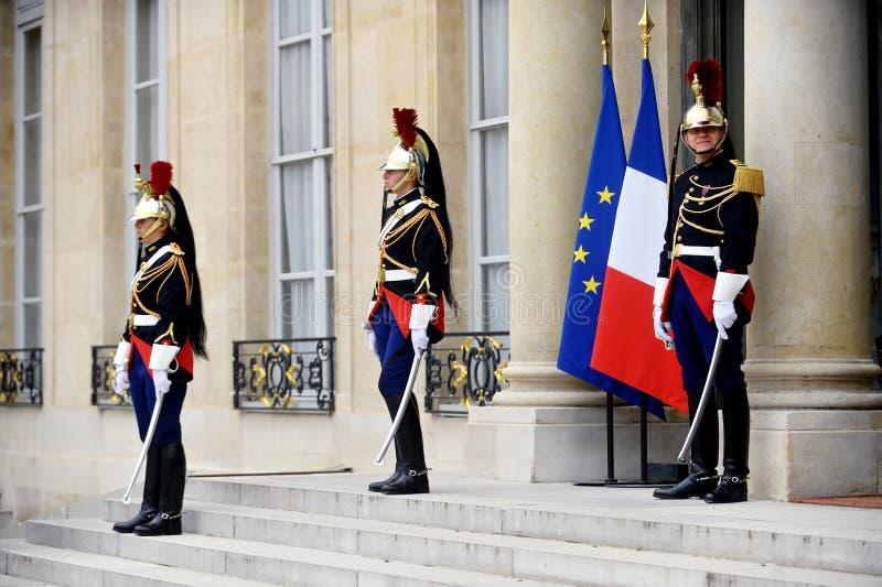 Guardia republicano de Elysee Palace fotos de archivo libres de regalías