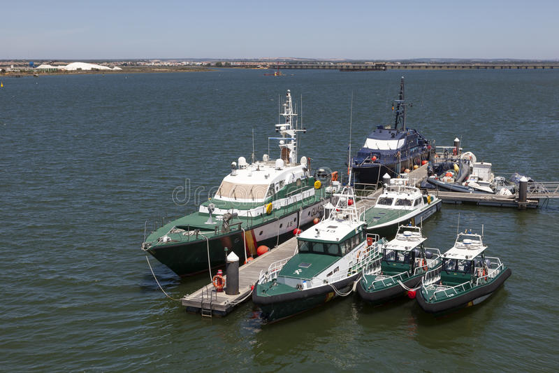 Guardia-Zivilschiffe in Huelva, Spanien stockfotografie