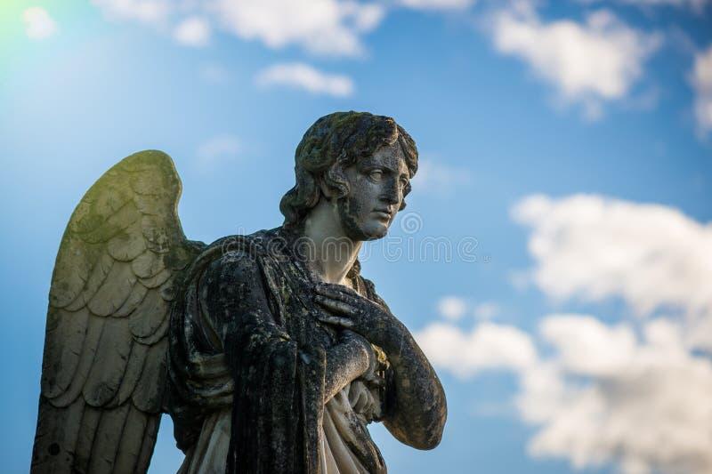 Guardian-engel - religies en culturen - opzettelijke gefilterde beeldstijl royalty-vrije stock foto's
