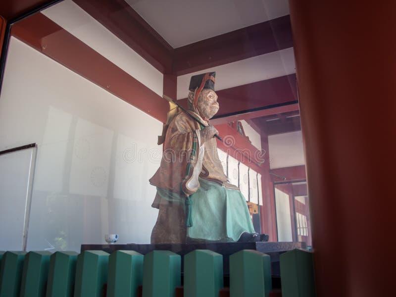 Guardiano della scimmia di Komainu al santuario di Hie Jinja, Tokyo, Giappone fotografia stock