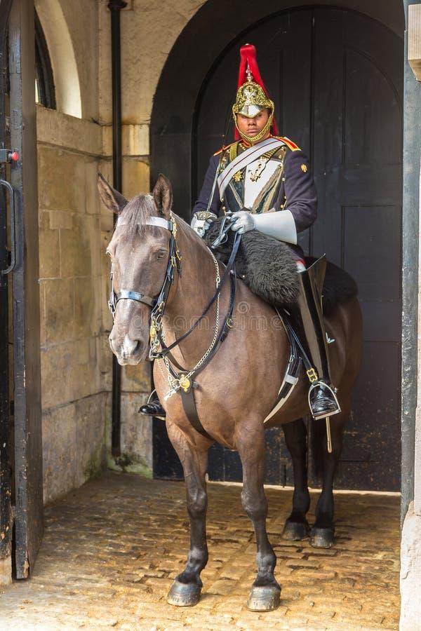 Guardias de caballo reales en Londres, Inglaterra imagenes de archivo