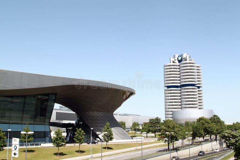 Guardolo di BMW a Monaco di Baviera immagine stock libera da diritti
