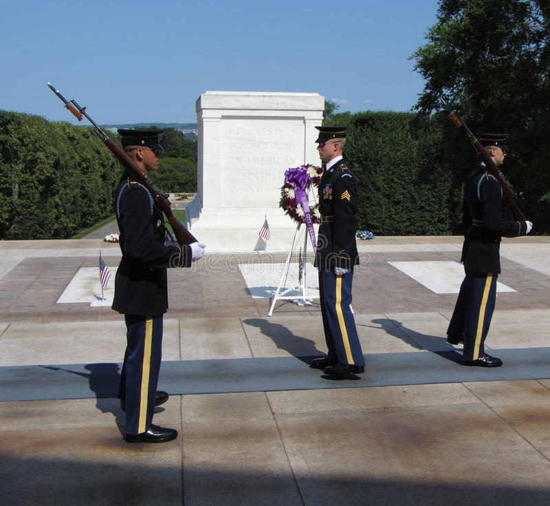 guards hedrar tomb tre royaltyfri fotografi