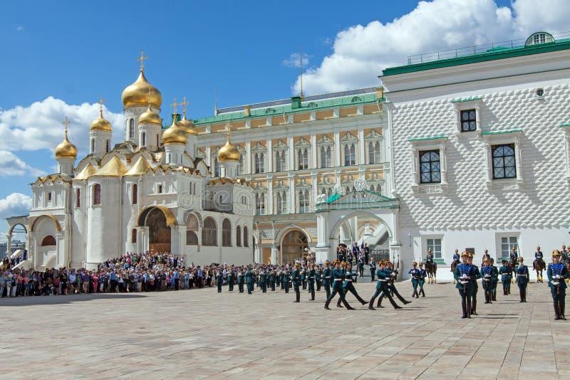 guards kremlin moscow ståtar presidents- arkivfoton