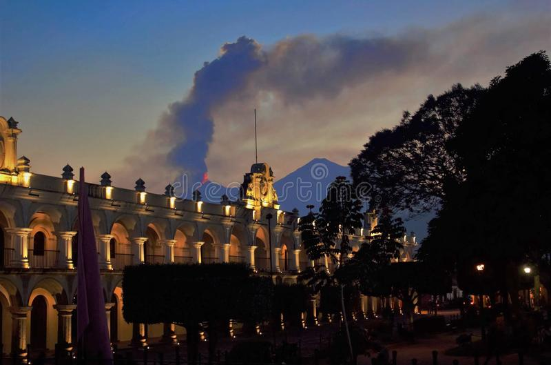 Guatemala de Volcan Antígua fotografia de stock