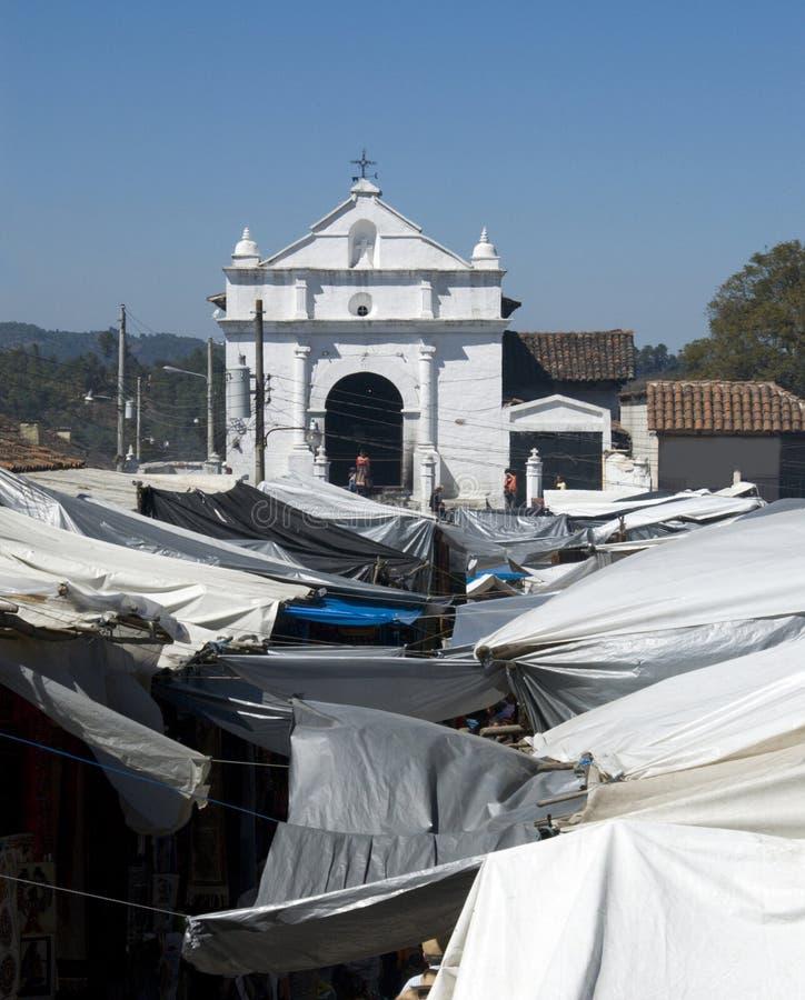 Guatemala-Kirche im chichicastenango lizenzfreie stockfotos