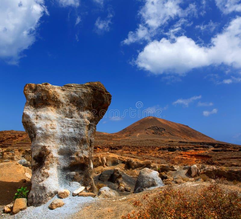 Guatiza teguisstenar vulkaniska Lanzarote arkivfoton