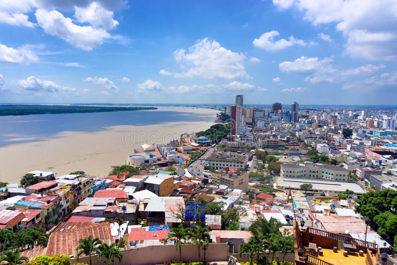 Guayaquil et rivière de Guayas photos stock