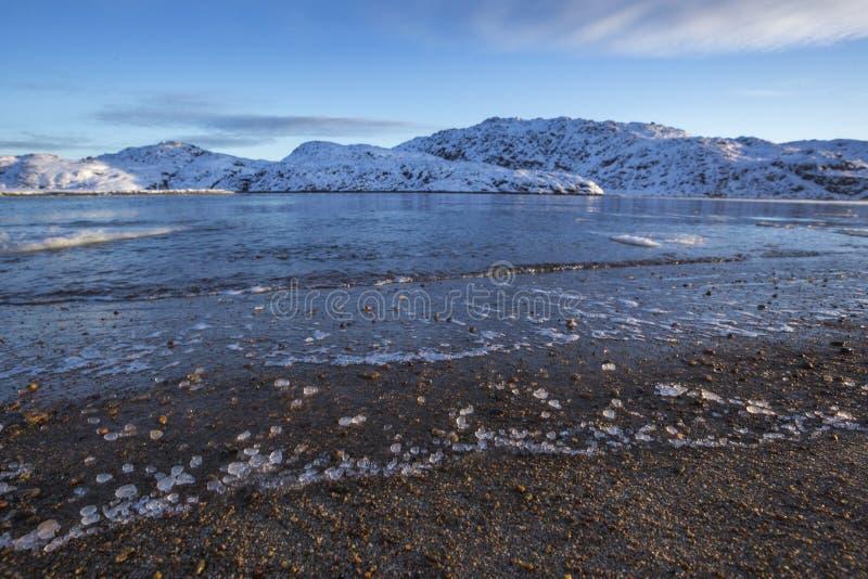 Guba Voronya, Barents morza zatoka Kola półwysepu krajobraz fotografia stock
