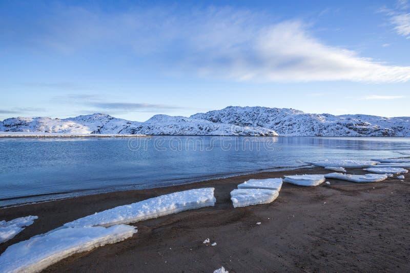 Guba Voronya, Barents morza zatoka Kola półwysepu krajobraz obrazy stock