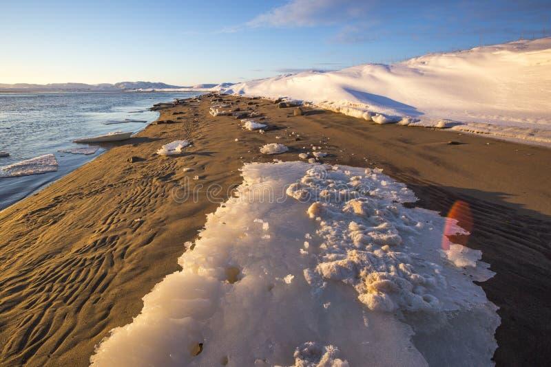 Guba Voronya, Barents morza zatoki zimy krajobraz fotografia royalty free