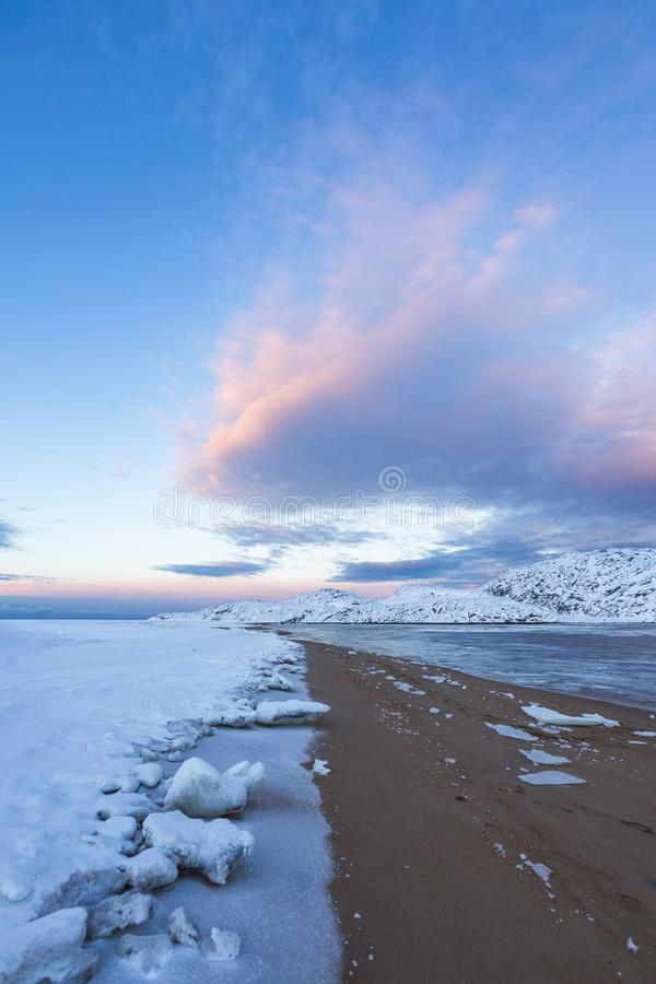 Guba Voronya, Barents morze Kola p??wysepu krajobraz zdjęcie royalty free