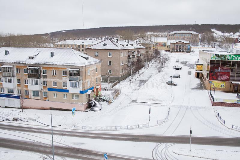 Gubakha, regione di perm, Russia - 16 aprile 2017: Terre urbane della molla fotografia stock libera da diritti