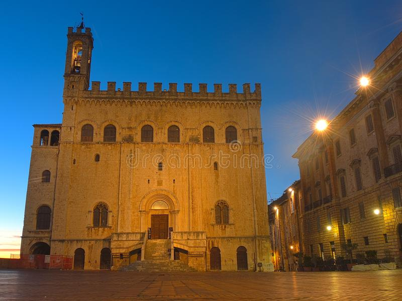 Gubbio, Италия Историческое здание вызвало dei Consoli Palazzo стоковая фотография