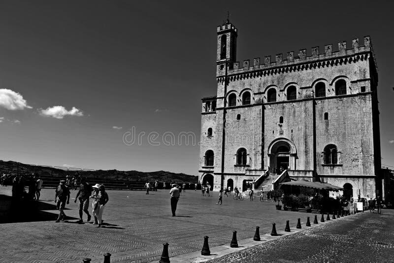 Gubbio gata Italien arkivfoto