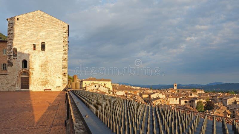 Gubbio, Italie Un de la petite ville la plus belle en Italie La place principale et la ville h?tel photographie stock libre de droits