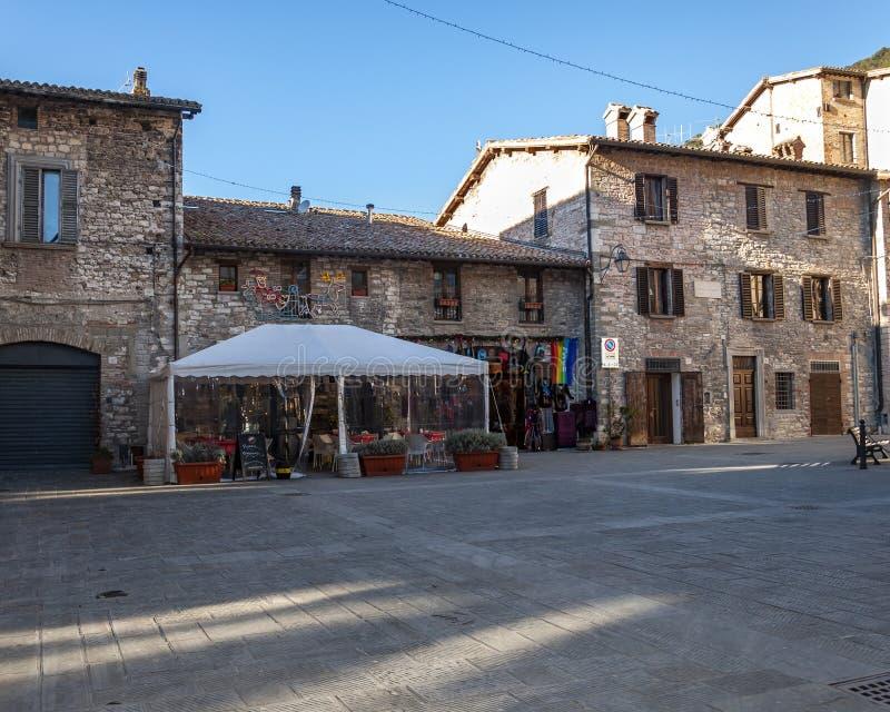 Gubbio, uma cidade medieval em Úmbria famosa para a beleza da área e para os eventos ligados a San Francesco, Itália fotos de stock royalty free