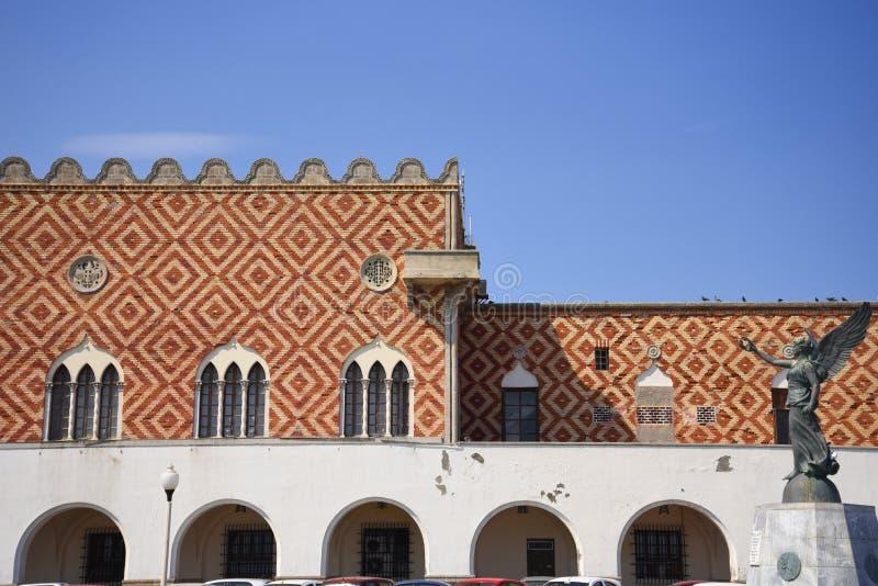 Gubernatora pałac na Mandraki schronieniu na wyspie Rhodes fotografia royalty free