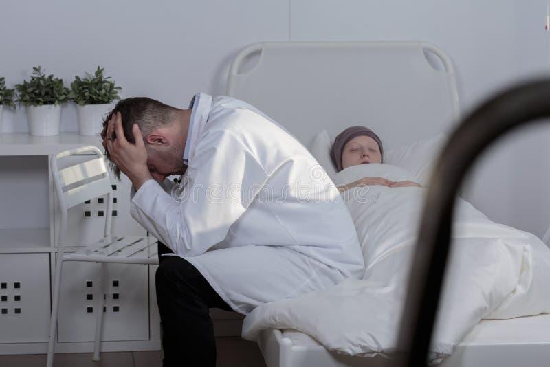 Gubienie pacjent fotografia royalty free