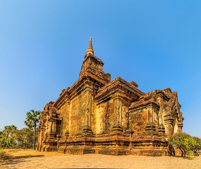 Gubyaukgyi tempel Bagan arkivfoton