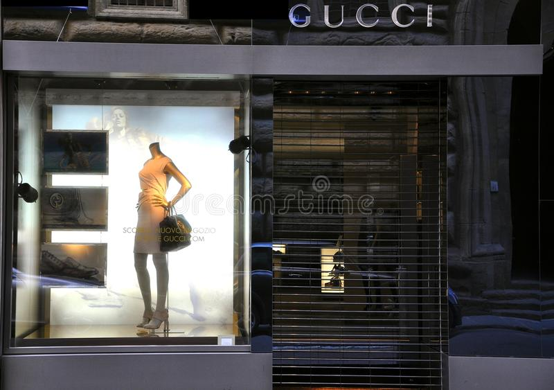 Gucci high fashion store in florence italy editorial for Dream store firenze