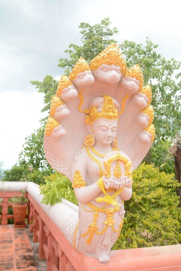 Gudbild med Naga arkivfoton