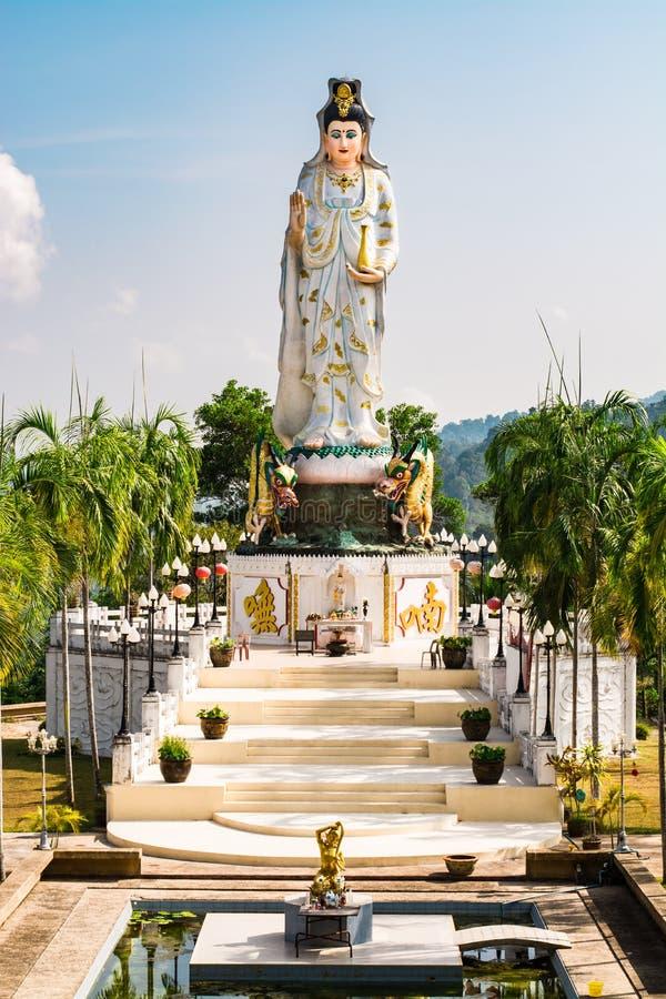 Gudinna av förskoning som är bekant som Quan Yin eller Guan Yin eller Guan Yim royaltyfri fotografi