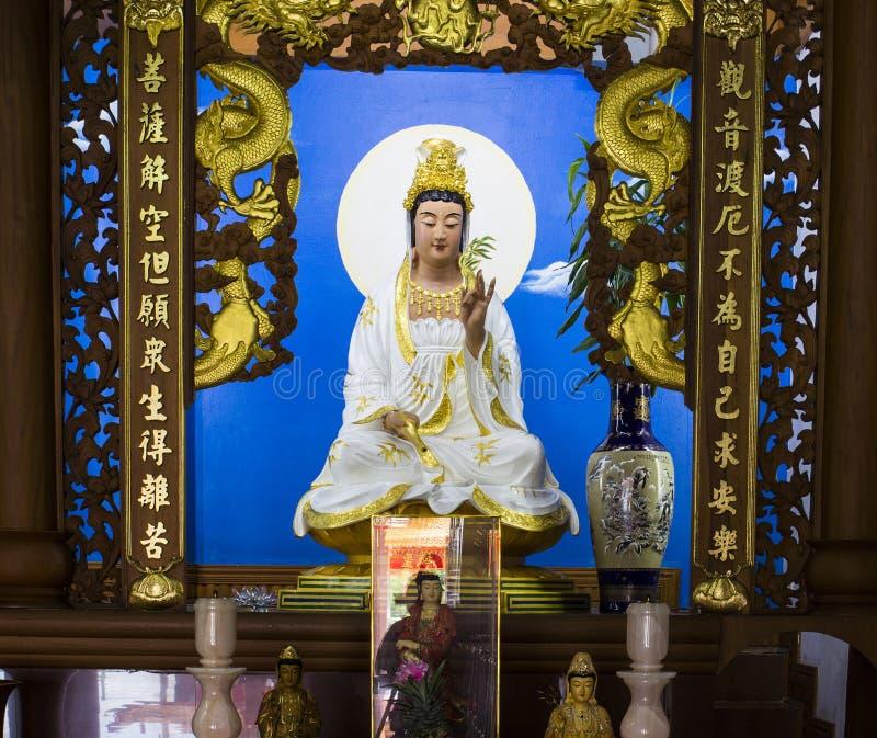 Gudinnan av medkänsla- och förskoningstatyn royaltyfri foto
