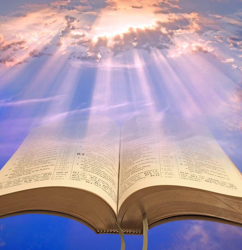 Gudomligt andligt ljus för mänskligheten royaltyfria foton