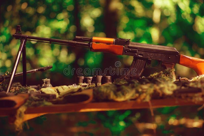 A guerra atira no arsenal imagem de stock