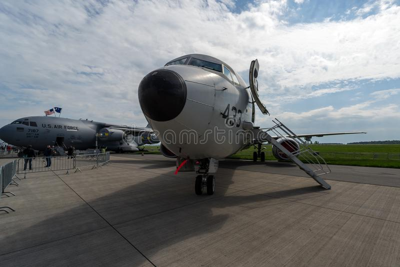 guerra del Anti-sottomarino, guerra anti-superficie ed aerei di pattuglia marittima Boeing P-8 Poseidon fotografie stock libere da diritti