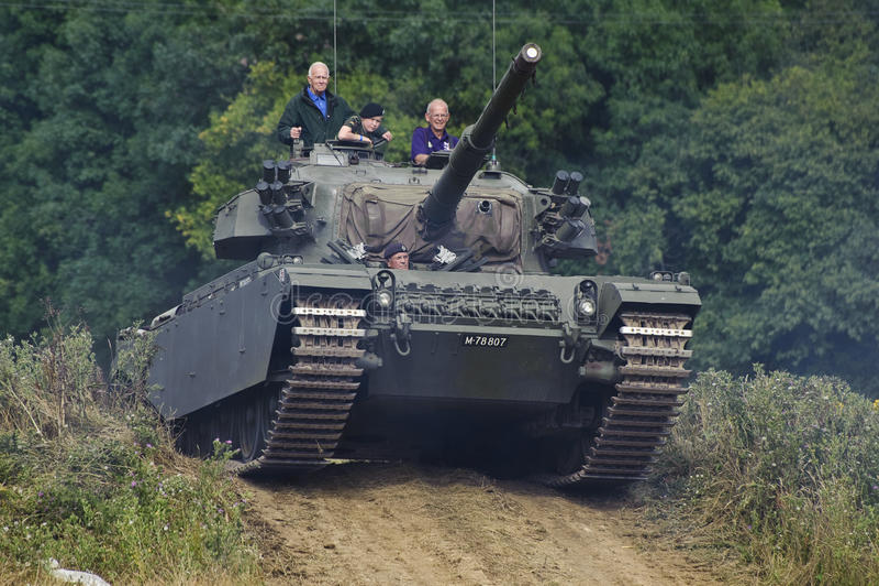 A guerra e a paz mostram 2011 fotografia de stock royalty free